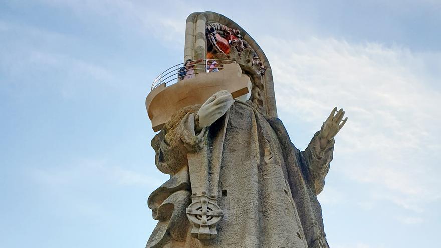 Baiona hará un estudio estructural de la Virgen de la Roca tras un desprendimiento