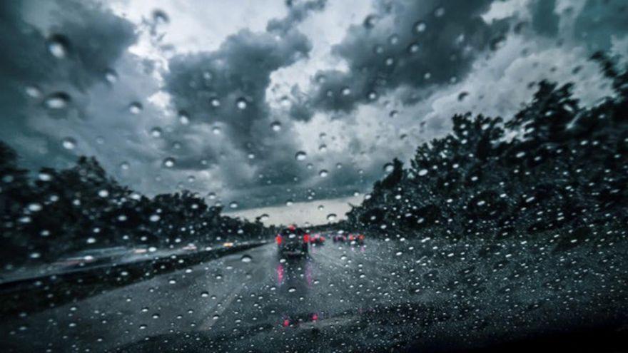 Domingo con nubes y lluvias en Canarias