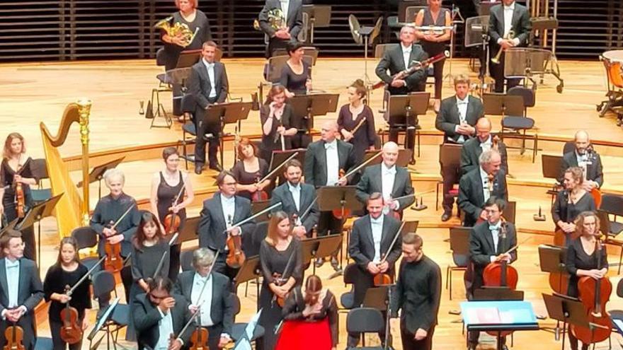 La Trini cosecha el éxito en sus conciertos en Francia