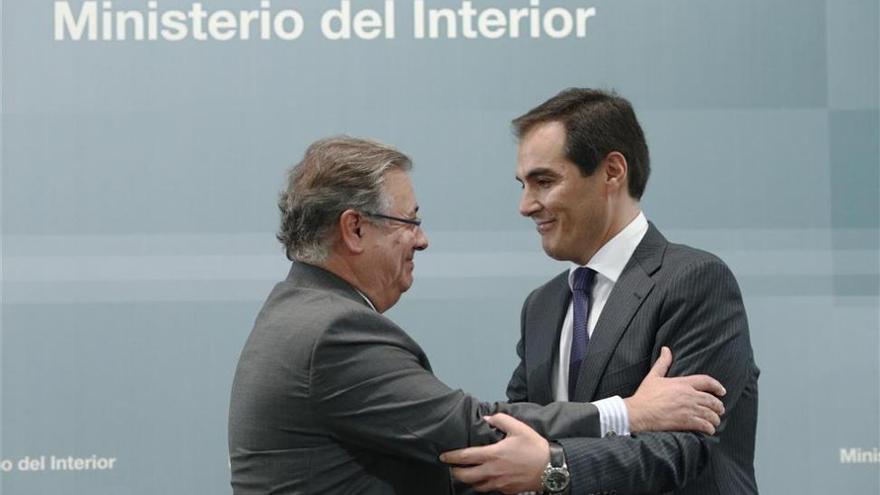 """Zoido sostiene que Nieto está viviendo """"una persecución innoble"""""""