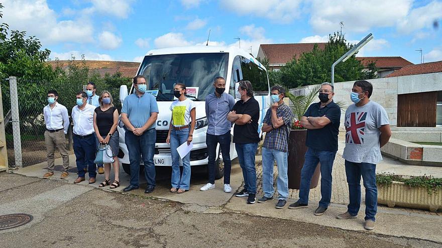 El transporte gratuito a la demanda ya existe en 47 localidades de la comarca de Benavente