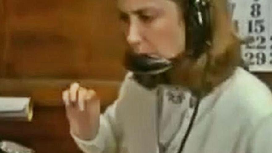 """Cuarenta años de """"Volver a empezar"""": Marta Fernández-Muro, la inolvidable telefonista del hotel Asturias"""