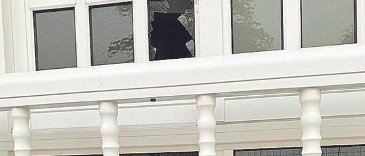 Vecinos de El Lirón denuncian actos de vandalismo contra sus viviendas