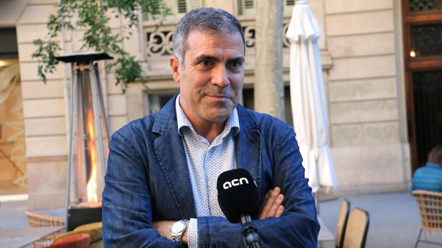 Francesc Serés guanya el Premi Llibreter 2021 de Literatura Catalana amb «La casa de foc»