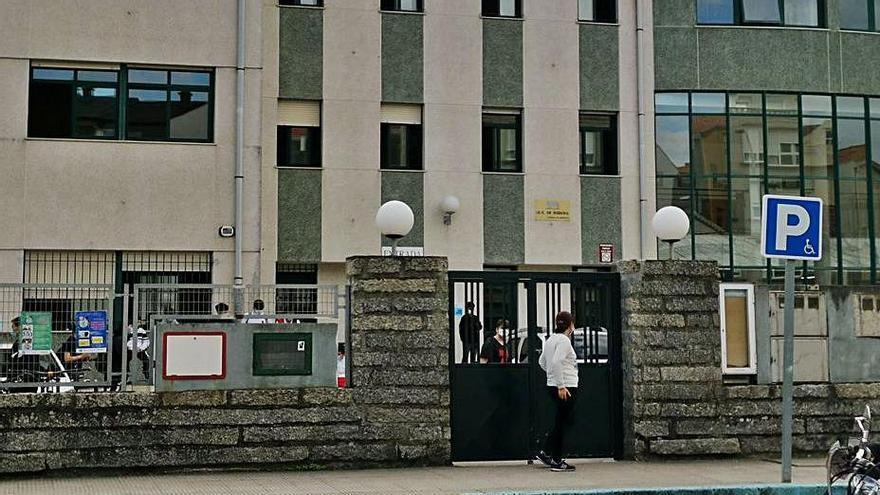El Instituto Rodeira será una de las 132 sedes de Galicia para las macro oposiciones de Educación
