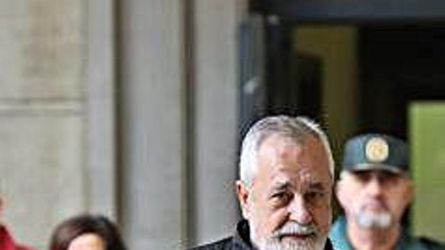 Anticorrupció demana l'empresonament immediat de 4 condemnats pels EROs
