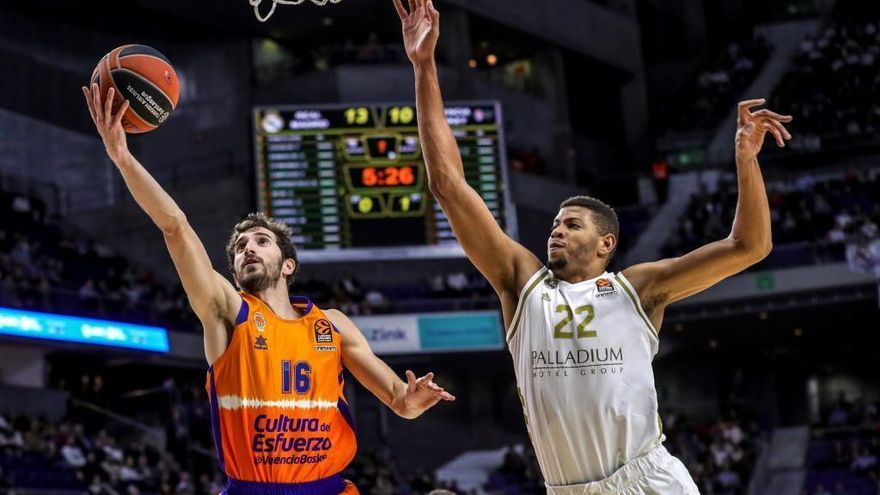 El Real Madrid tumba al Valencia Basket con 17 triples