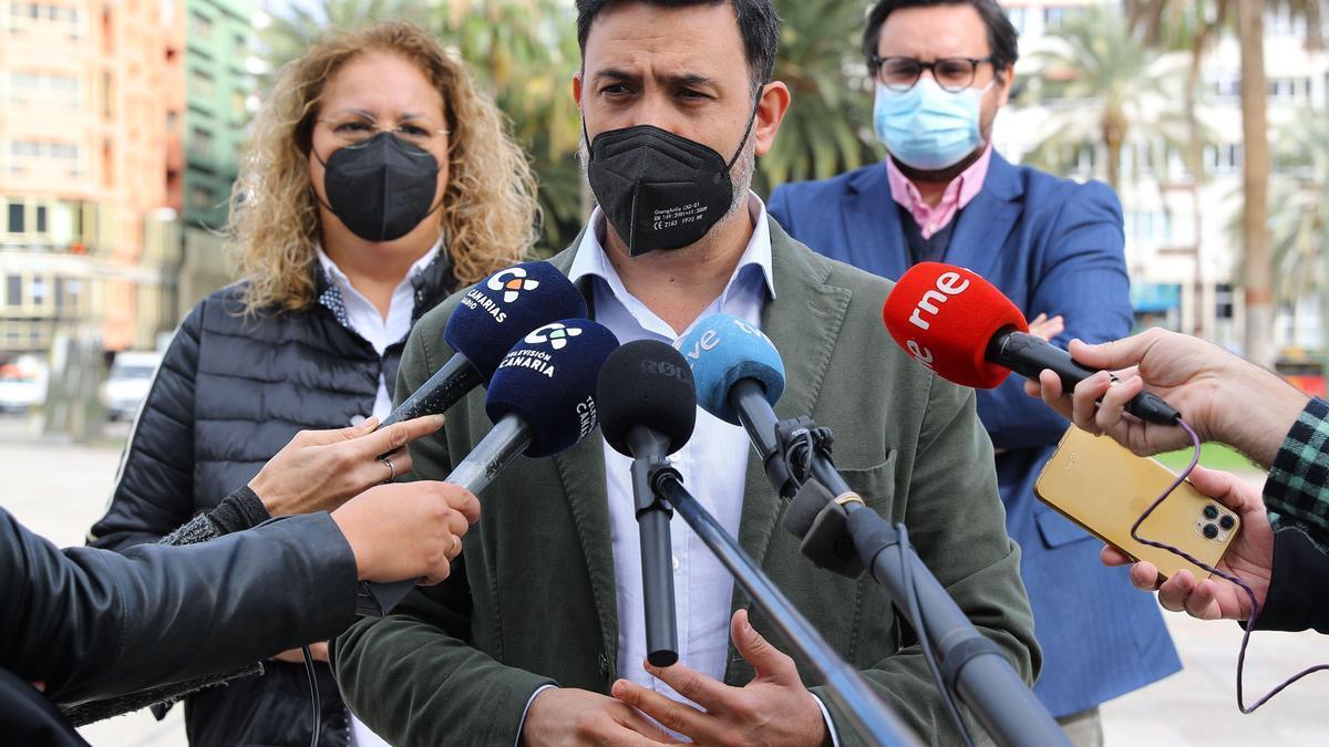 Auxi Pérez, Guillermo Mariscal y Sergio Ramos