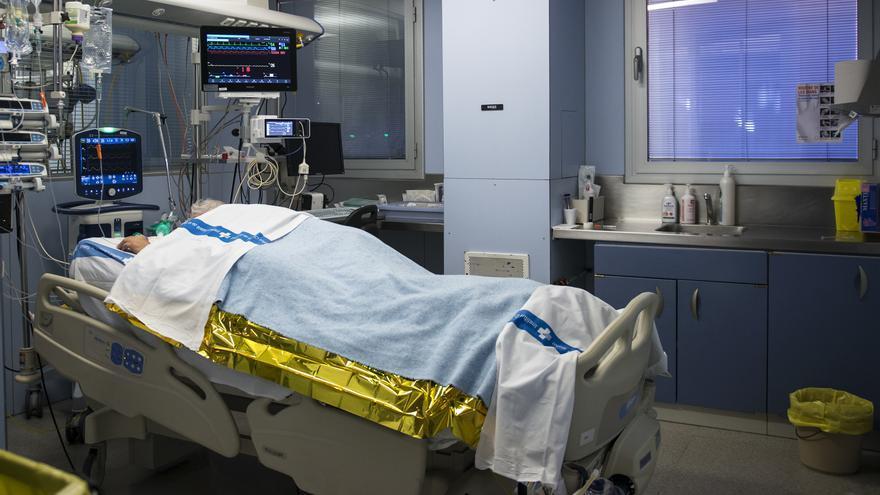 Canarias rebasa las 900 muertes  desde el inicio de la pandemia