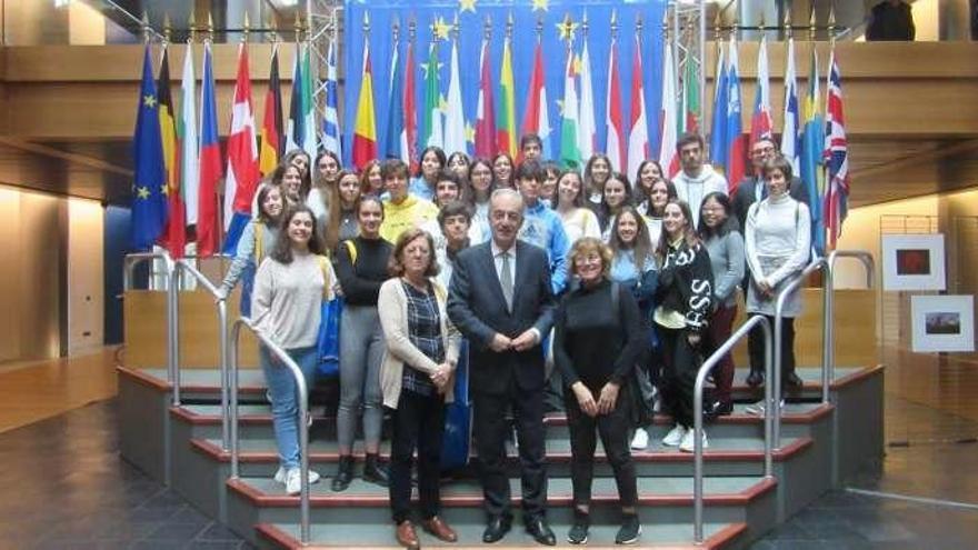 Alumnos del Valle-Inclán visitan el Parlamento Europeo en Estrasburgo