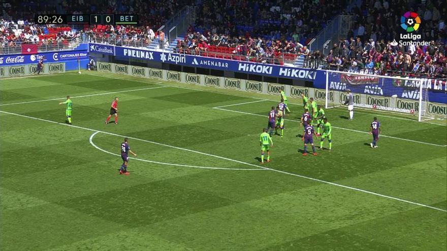 LaLiga Santander: El gol del Eibar - Betis (1-0)
