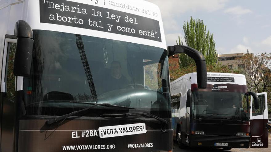 Multa de 200 euros al autobús de HazteOír.org con lemas antifeministas