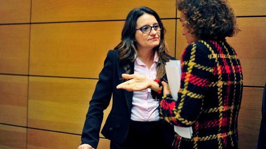 Mónica Oltra sufre un escrache en su casa por parte de un grupo de extrema derecha