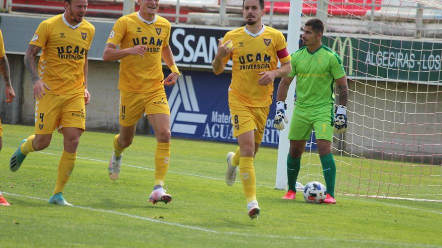 El UCAM Murcia consigue un buen punto ante el Algeciras (1-1)