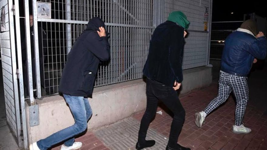 El juez vuelve a rechazar el archivo del caso de la presunta violación de tres hermanas de EEUU en Murcia