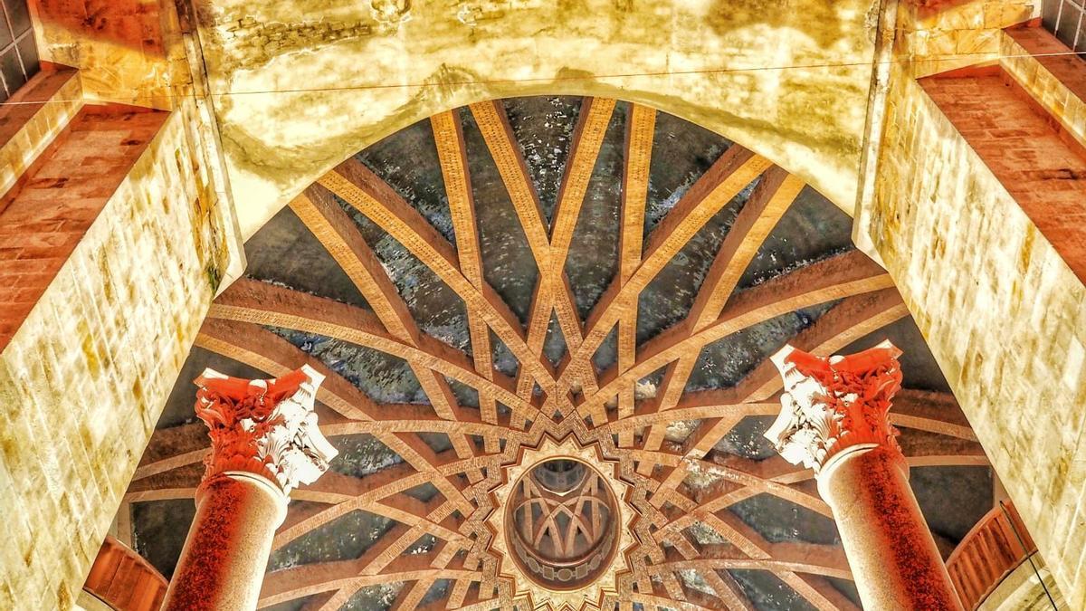 La cúpula de la iglesia de la Laboral.