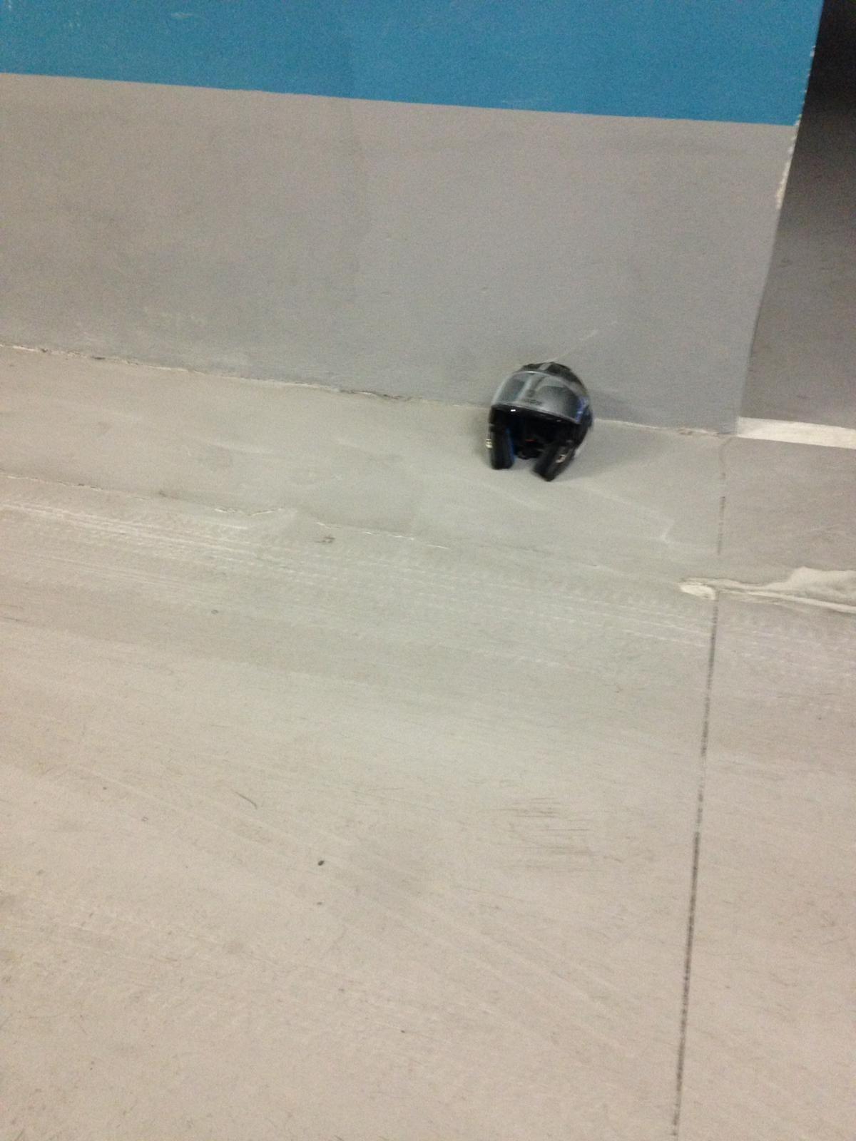 Oleada de robos y actos vandálicos en un edificio de la calle Pelleteria