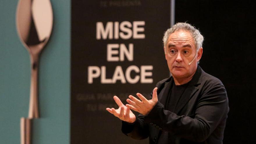 Ferran Adrià reivindica en Benidorm más formación en la hostelería