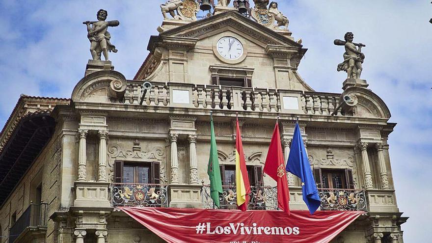 Pamplona llora su San Fermín sin chupinazo