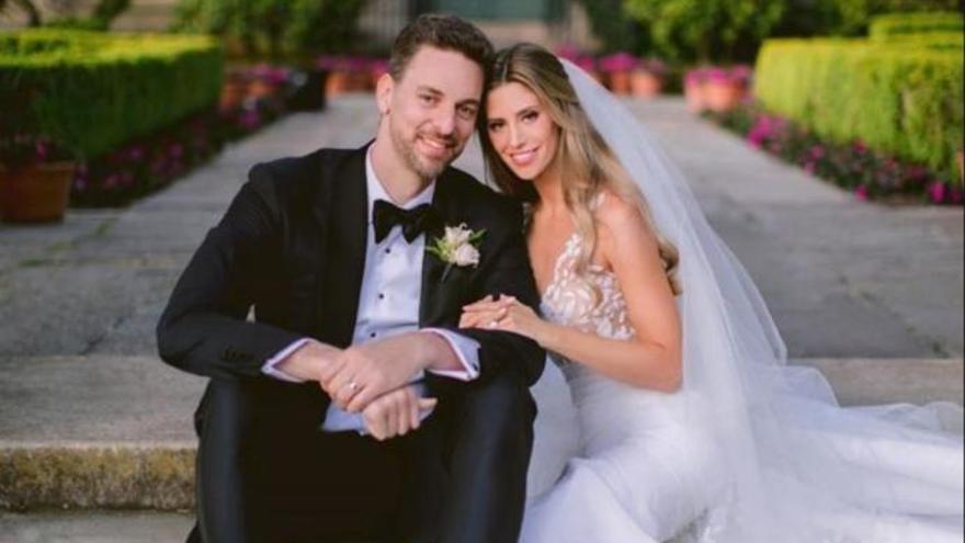 Pau Gasol i Cat McDonnell trien l'Empordà per al seu segon casament