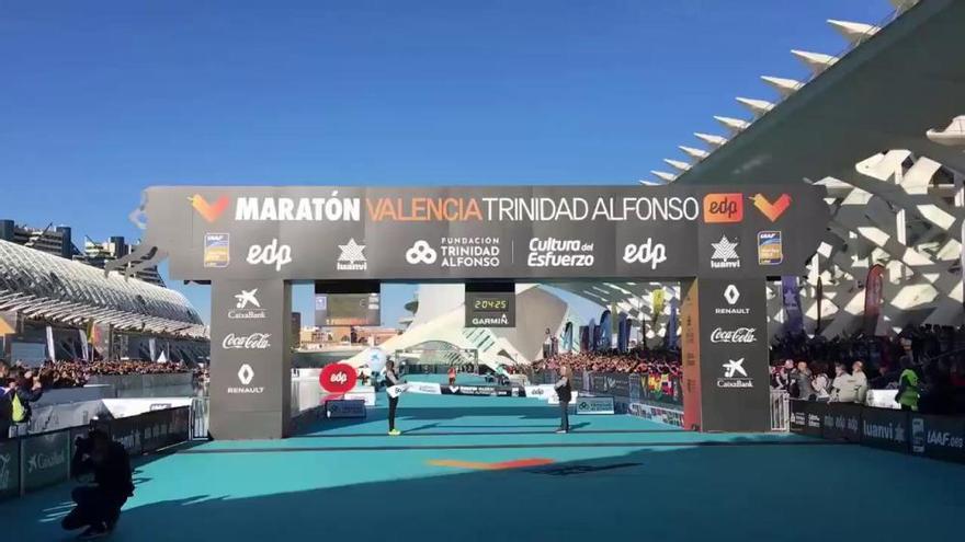 Leul Gebreselassie gana el Maratón Valencia 2018 con récord