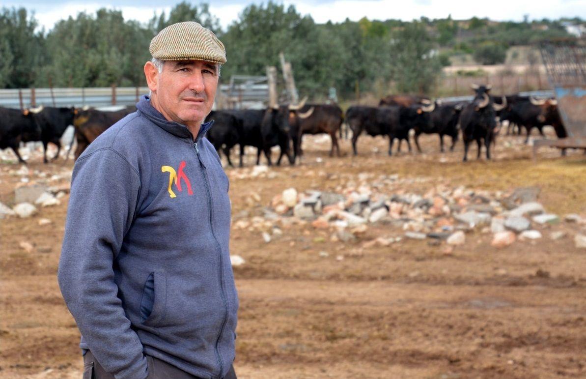 La ganadería de Fernando Machancoses resiste al coronavirus pese a no tener ingresos