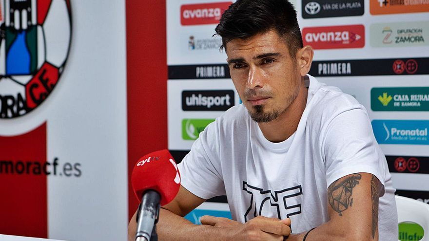 "Xisco Campos, defensa del Zamora CF: ""Me ha sorprendido el aspecto humano del club"""