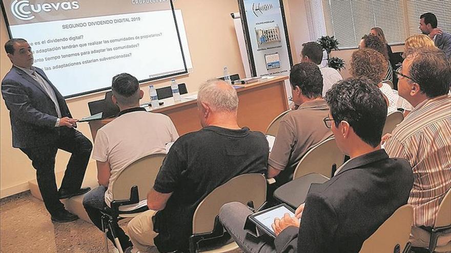 Castellón arranca la adaptación de antenas al 5G en zonas fronterizas