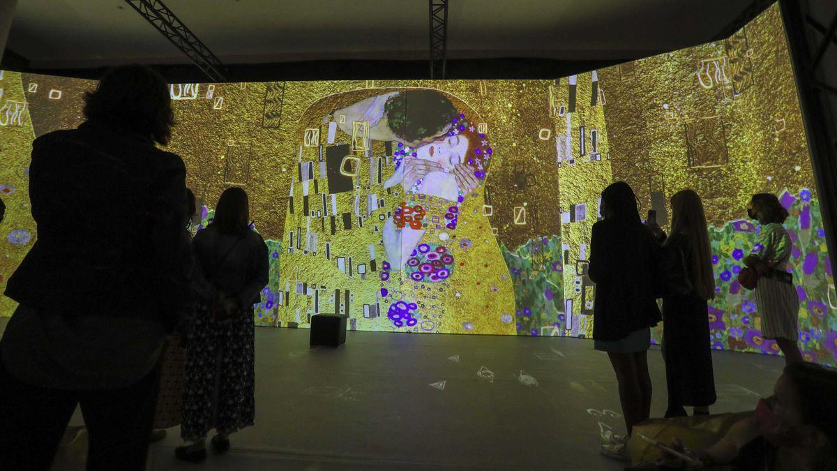 La exposición 'El oro de Klimt' en el Ateneo Mercantil.