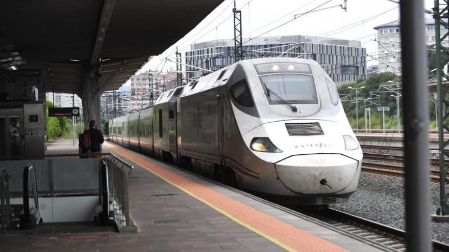 Adif colocará en el municipio dos kilómetros de pantallas contra el ruido del tren en el Eje Atlántico