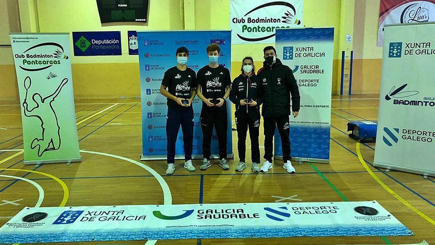 El CB A Estrada gana cinco metales en el Gallego Absoluto