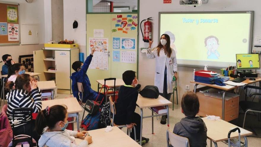 El Colegio de Enfermería reclama la presencia obligatoria de la enfermera escolar en todos los colegios del país