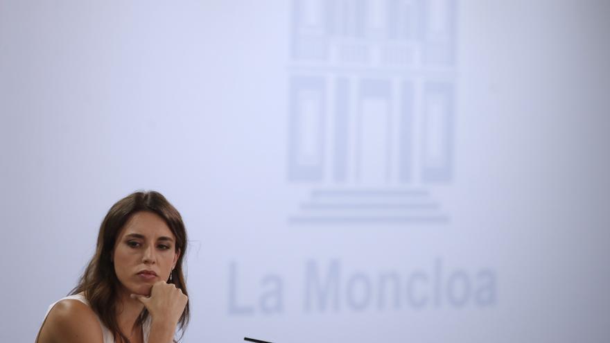 Irene Montero insiste en la creación de una empresa pública de energía para reducir el precio de la luz