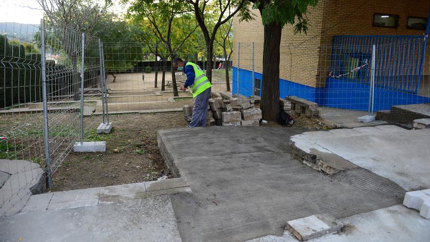 La necesidad de excavar retrasa las obras en el colegio San Miguel de Plasencia