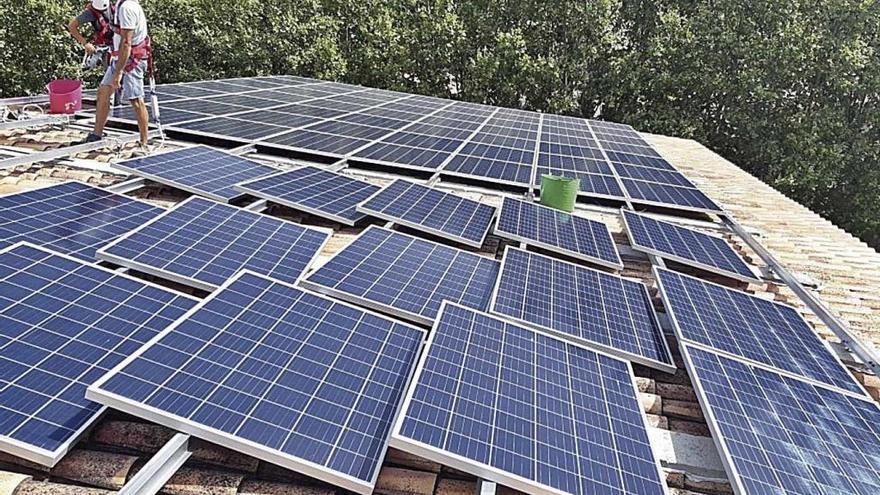 El Govern crea el IBE, que será el encargado de comercializar energía