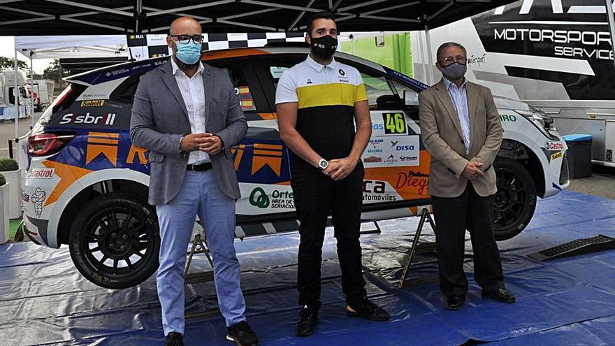 Cinco equipos se disputan los 10.000 euros del Trofeo Renault Clio Rally5