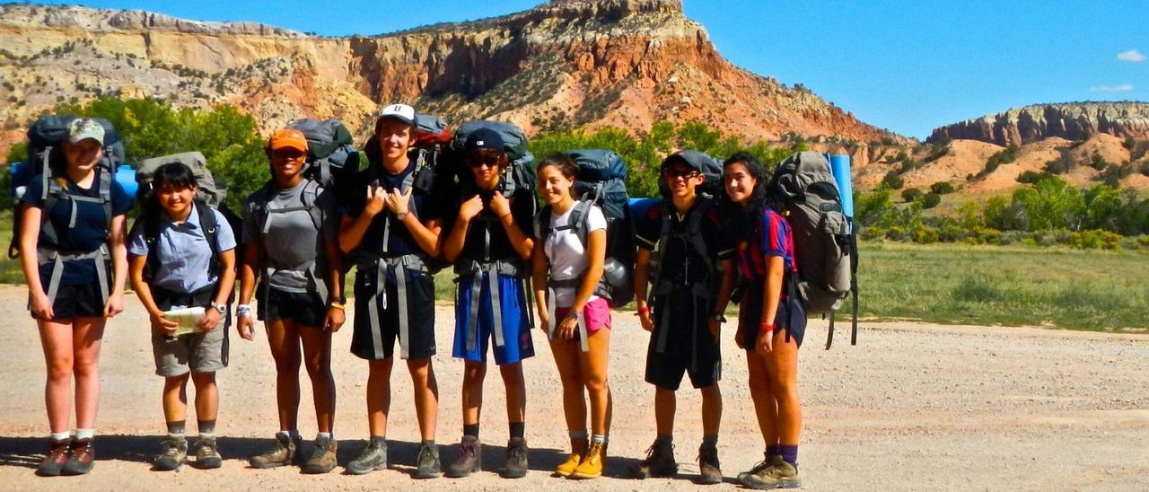 Adela Briansó, primera por la derecha, en una excursión al Cañón del Colorado.