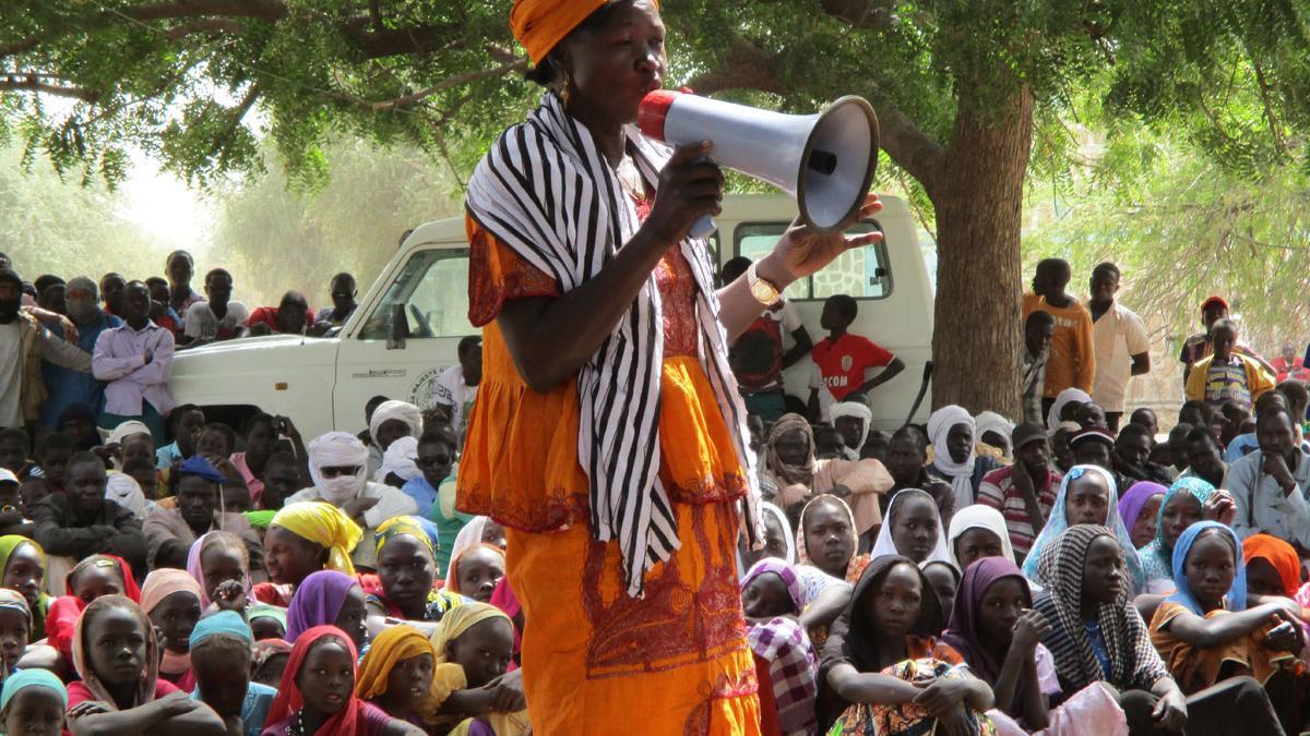 La toma de conciencia política es fundamental para las mujeres, ya que las causas profundas de su desigualdad están en la raíz del sistema.