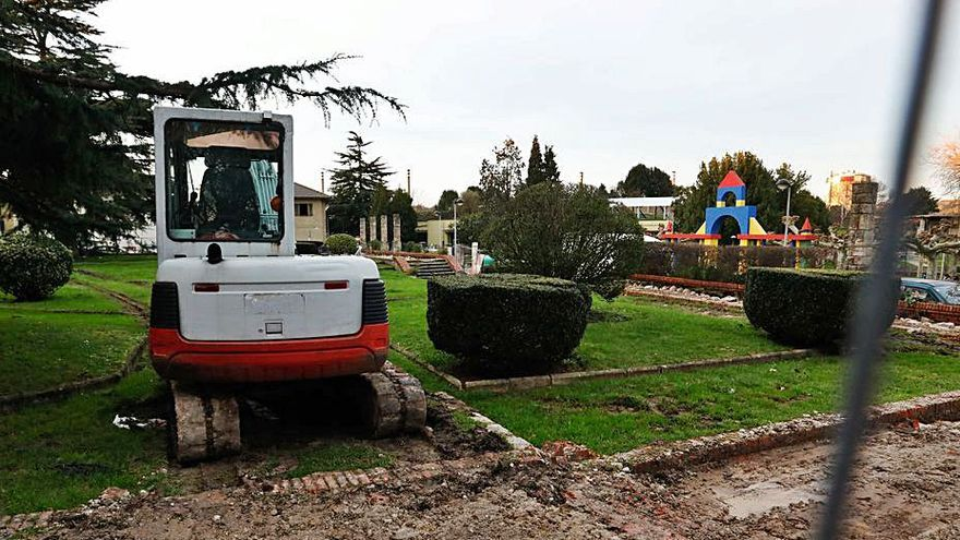 Comienza la obra de la zona verde de Monte Cauribo, que recuperará las pérgolas