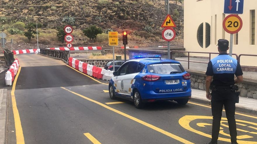 Refuerzo policial en el puente militar de San Andrés por incumplimientos en su uso