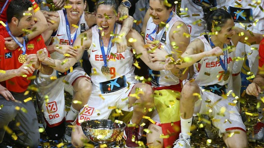 España agranda su leyenda con su tercer europeo