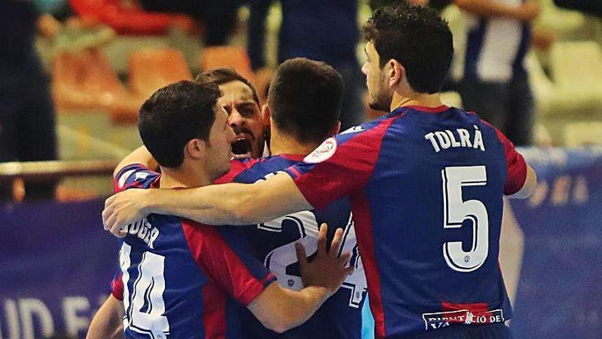 El Levante UD FS da un paso de gigante hacia semifinales