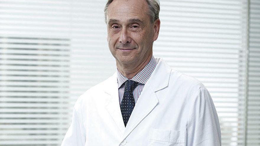 """Dr. Álvaro Merino: """"Los pacientes deben acudir a urgencias al detectar cualquier síntoma de patología cardiovascular"""""""