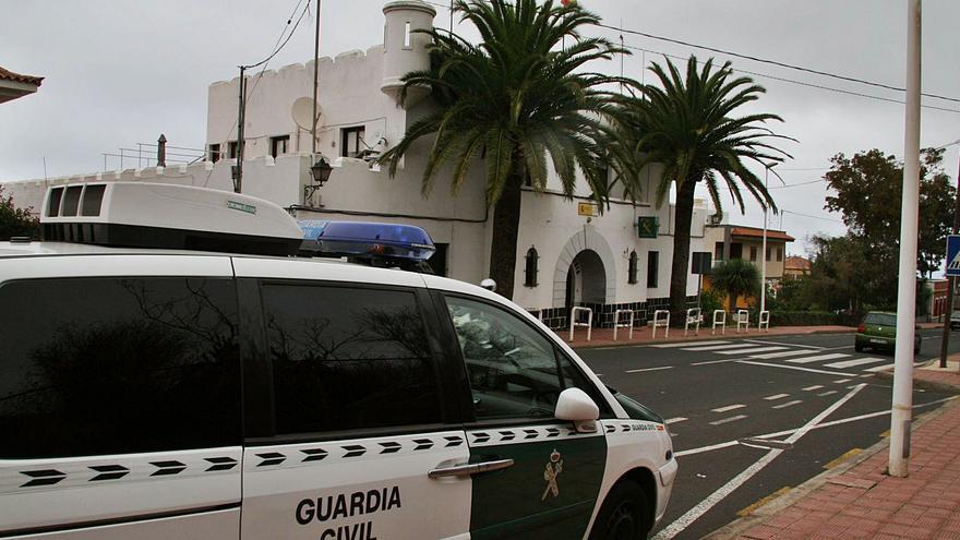 Denunciado por agentes del Seprona tras descuidar a su perro en Tacoronte