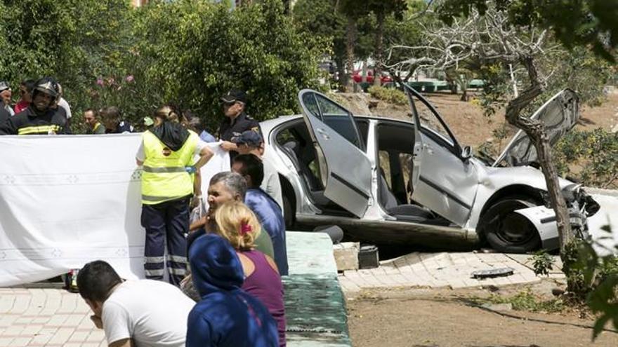 Las muertes en accidentes de tráfico caen casi a la mitad en Canarias en 2020