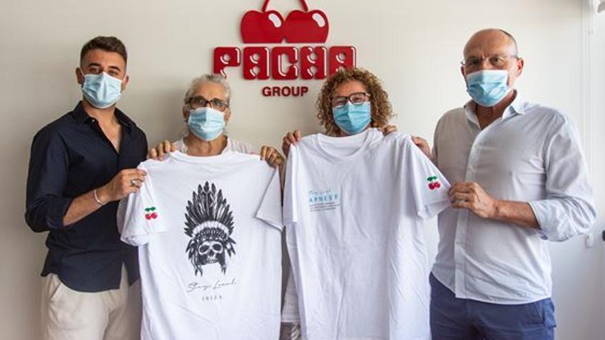 Pacha y Apneef ponen a la venta una edición limitada de camisetas solidarias