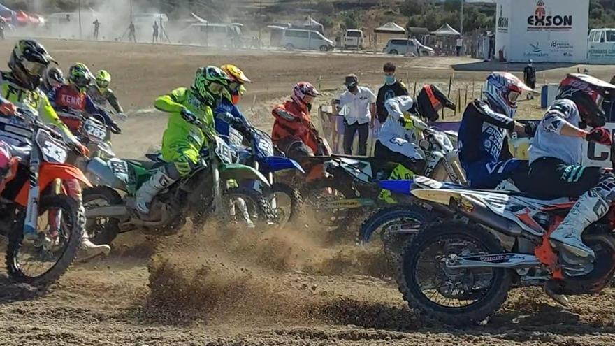 Las carreras con público vuelven al Circuito Las Arenas con una prueba del Campeonato de Extremadura de Motocross