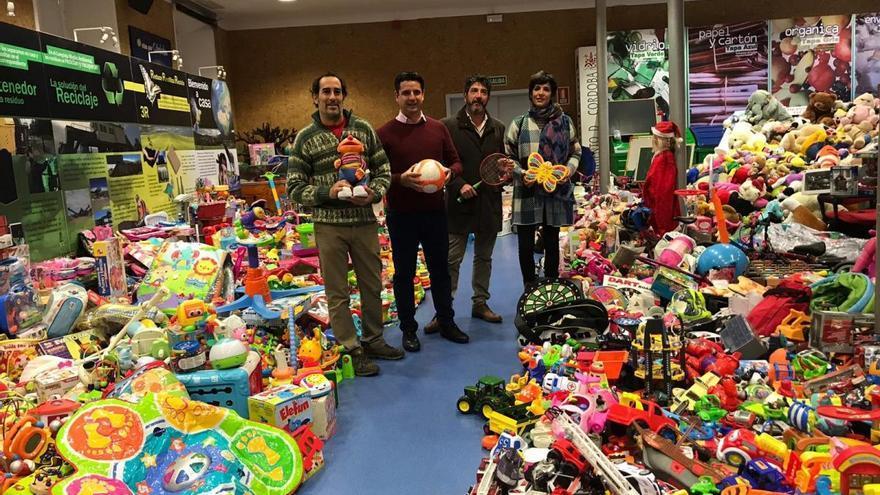 Sadeco recoge más de 8.000 juguetes
