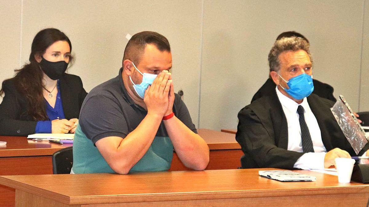El acusado de propinar una paliza a su padre al descubrir que abusaba de su hijo.