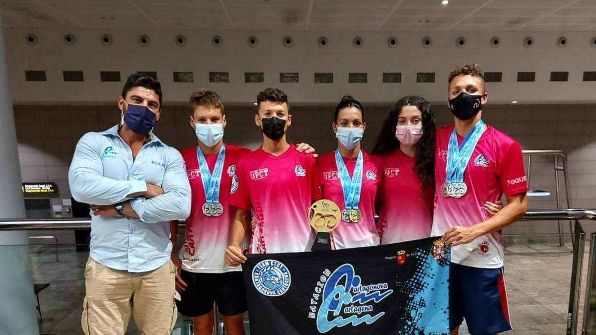 Los nadadores del Club Natación Cartagonova Cartagena en el Campeonato de España Infantil de Sabadell